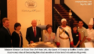 Raffles Hotel's 120th Anniversary's Guest of Honour Lee Kuan Yew married in Raffles Hotel. Toa Payoh Vets.